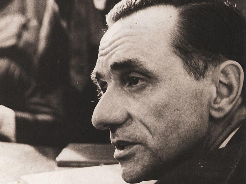 Sự Trống Rỗng Của Người | The Emptiness of Man – João Cabral de MeloNeto